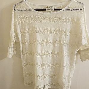 💋White Lace blouse